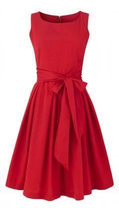 top robes blog une robe rouge pour noel. Black Bedroom Furniture Sets. Home Design Ideas