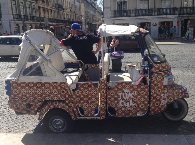 TukTuk-Lisbonne