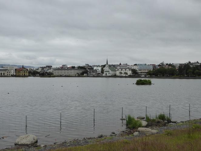 Lac-tjornin-islande-reykjavik